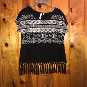Alya oversized embroidered top with fringe